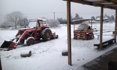 1-snow-tractor